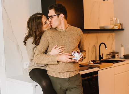 Domowa sesja ciążowa Gabi i Rafaela | Zdjęcia ciążowe Poznań