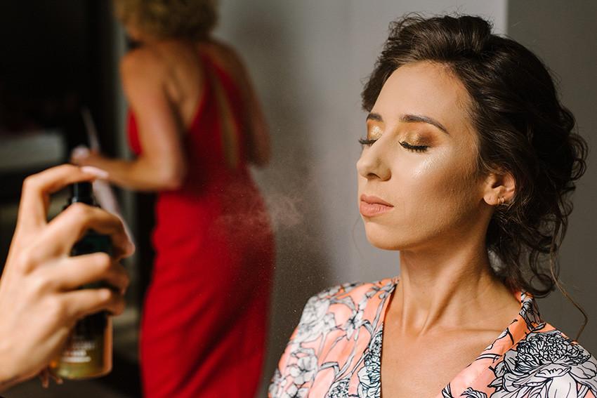 utrwalanie makijażu ślubnego