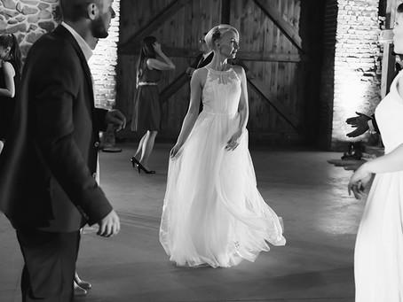 Ślub w stodole | Folwark Wąsowo | Kamila i Szymon | Fotograf ślubny Poznań