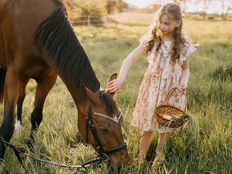 Spełnione marzenie Justysi - sesja w stadninie koni | Stajnia Pęczerzyno