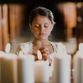 Praying%20Girl_edited.jpg