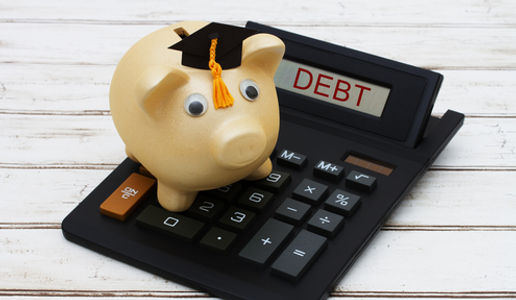 How to save for college. How to choose a college savings account.