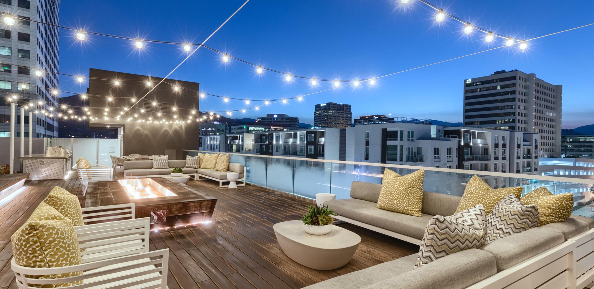 Roof Deck Pool Lounge