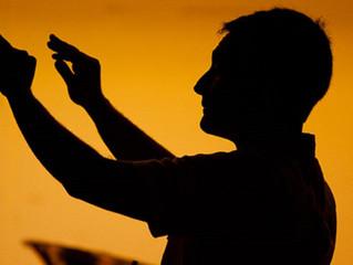 5 Puntos de la alabanza acappella, Parte 5: Debemos entrenar Directores de Canto Eficaces