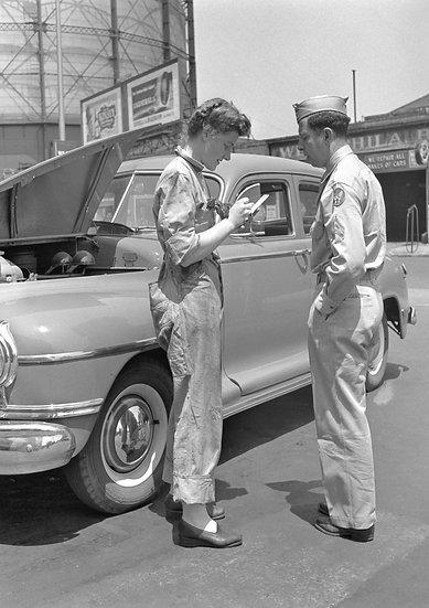 ATLANTIC SERVICE WOMAN PHILA., PA 1943 img#100815