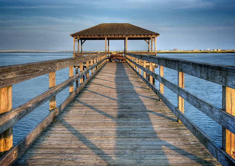 FISHING PIER AT SUNDOWN SOMERS POINT NJ img#100715