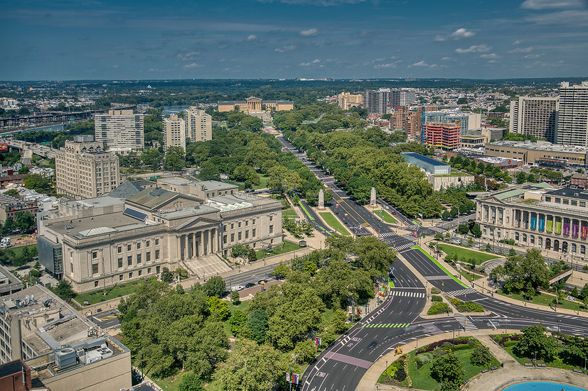 THE BENJAMIN FRANKLIN PARKWAY LOOKING NORTH 2020 img.#100924