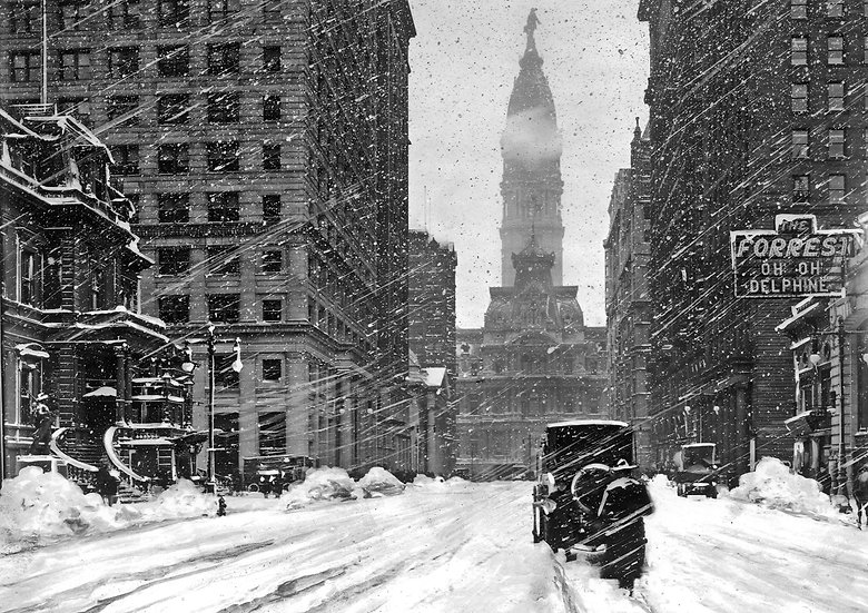 Broad and Walnut Streets during a snow storm on March 3, 1914. Img#100520
