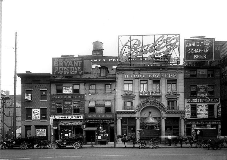 North Juniper St., Phila. May, 1911. Omg.#100540.