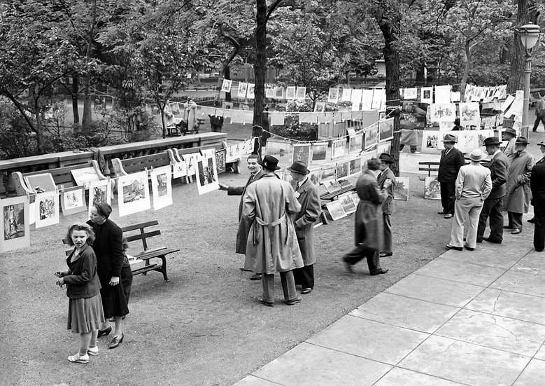 CLOTHES LINE ART SALE RITTENHOUSE SQUARE PHILA., PA MAY 24, 1940 img#100761