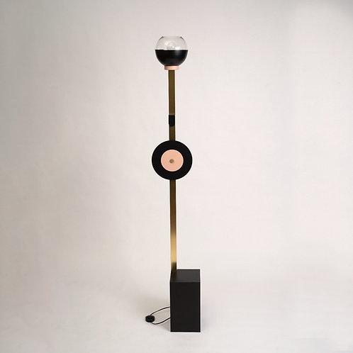 מנורת אוירה קמילה