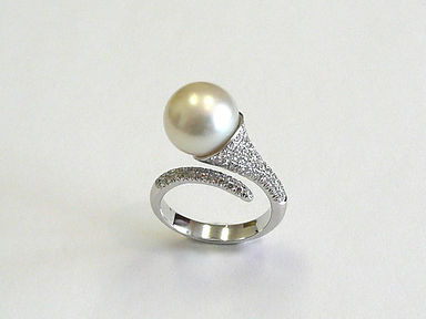 Pearl and Diamond Rings