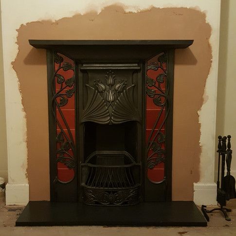 Carron Toulouse open fire with red tiles