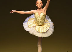 Rebekah ballet 2019.jpg