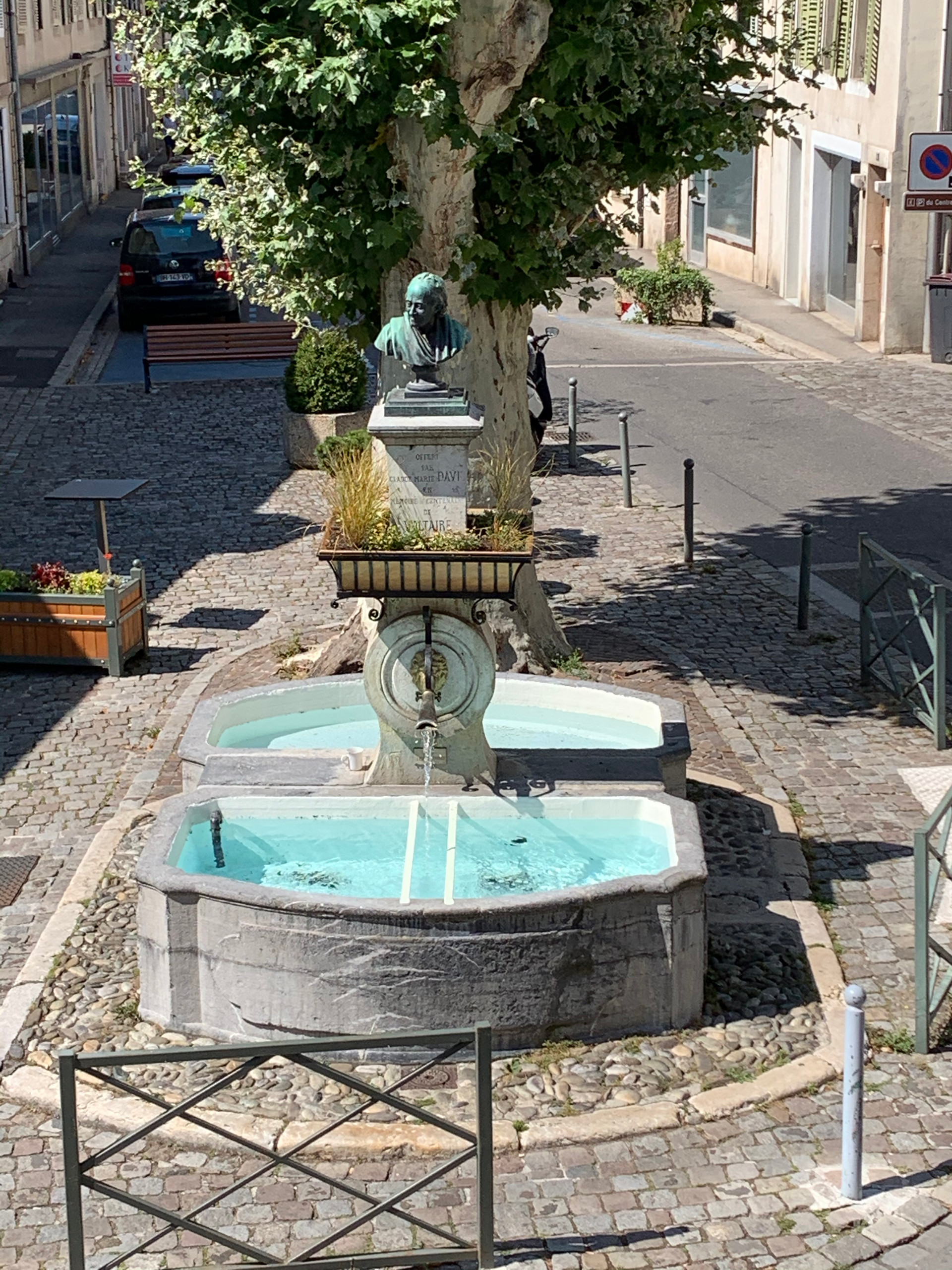 Fontaine Buste Voltaire
