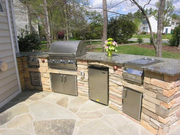 outdoor kitchens2.jpg
