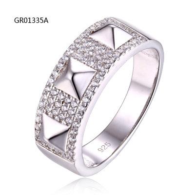 GR01335A
