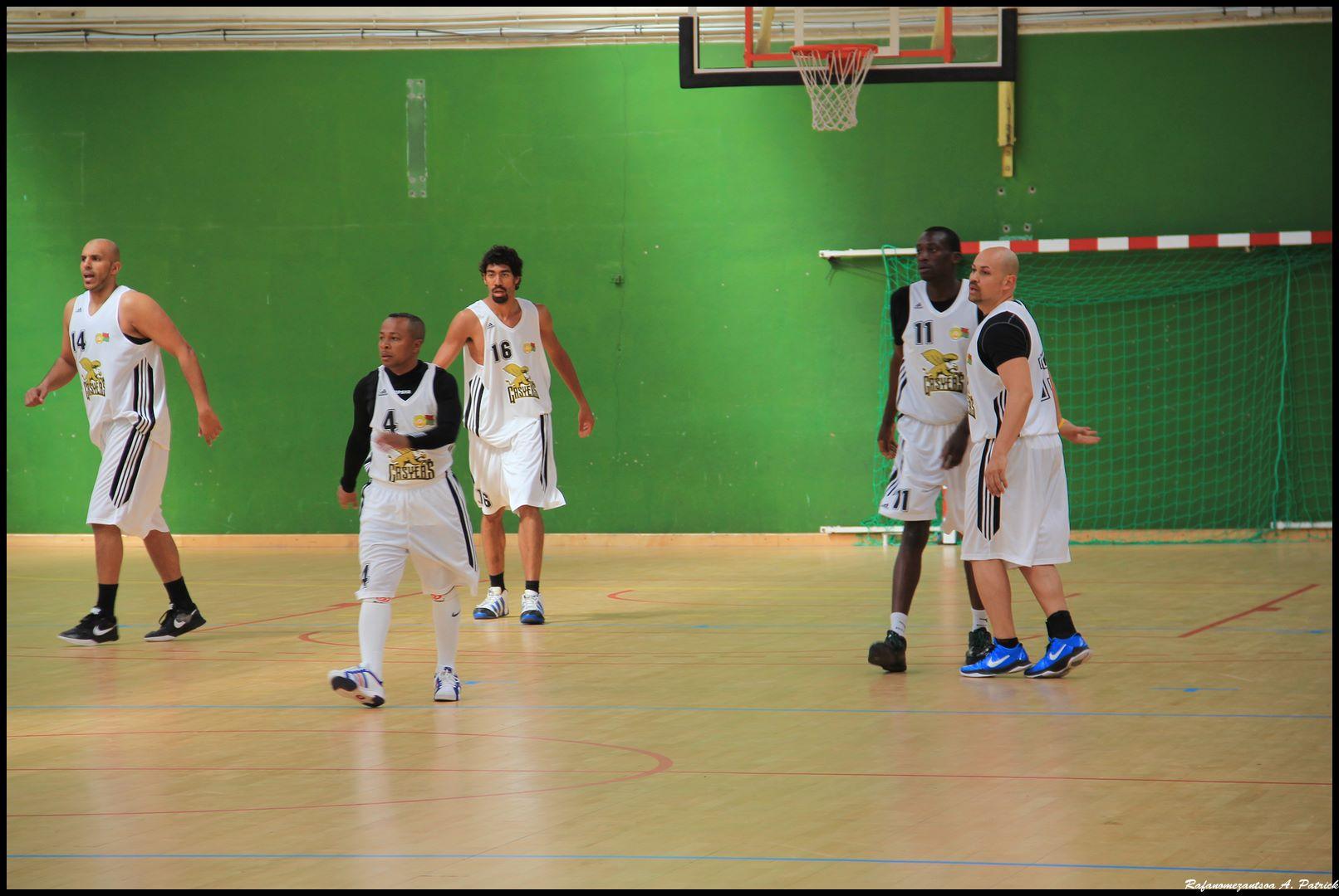 rencontre sportive gay à Vichy