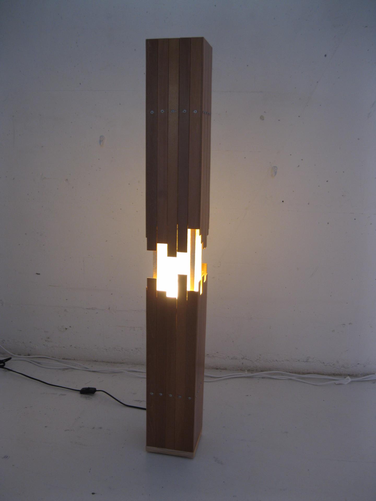 Slat Lamp Tension 01_edited.JPG