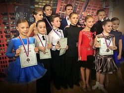 """Танцевально-спортивный клуб """"Sway"""""""