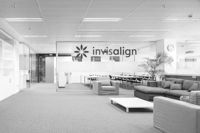 oficinas-invisalign-8_edited