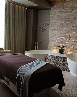 Spa soaking tubs for two