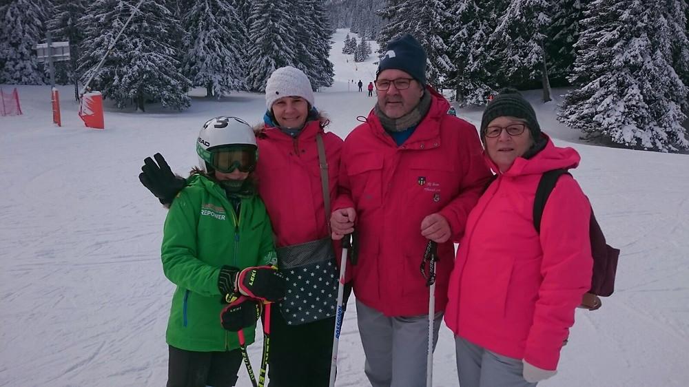 Fan-Club von Joya mit Nani, Eni, Rosmarie und Cello
