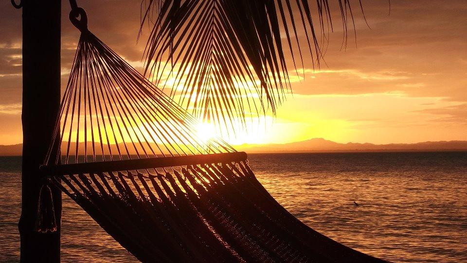 Coucher de soleil Puesta del sol.jpg