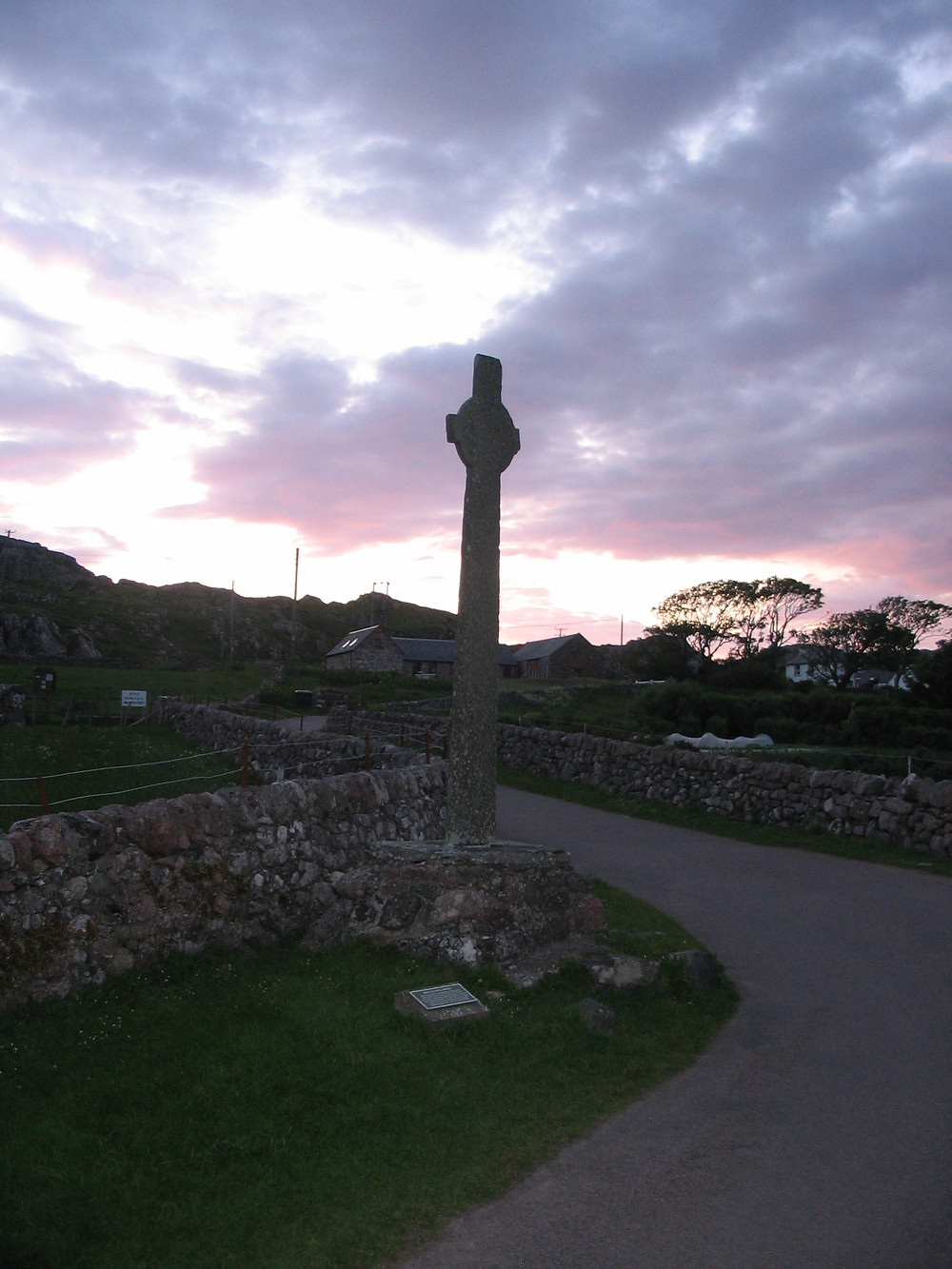 A Celtic Cross on the way to Iona Abbey