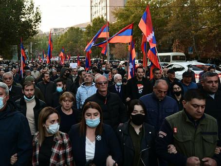 В Ереване проходит митинг по отставке Никола Пашиняна