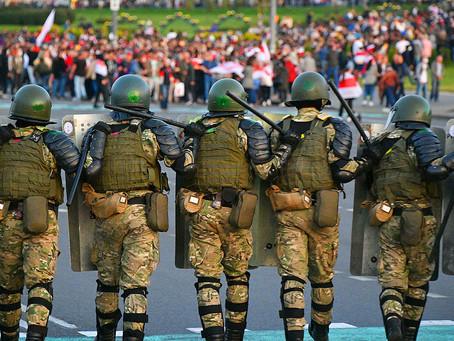 В Минске силовики снова применили спецсредства