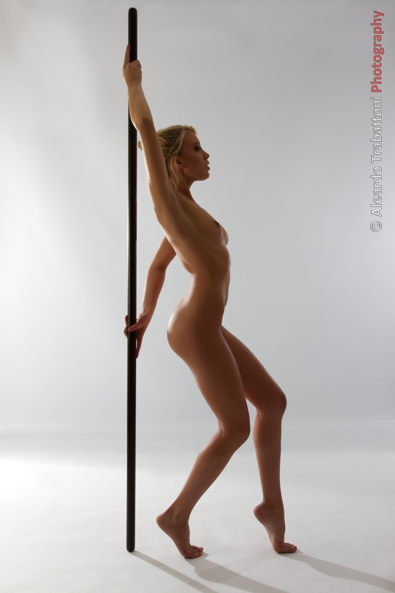 Pole+Dance.jpg