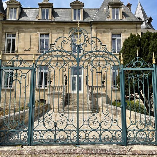 Grille du Château de Précy