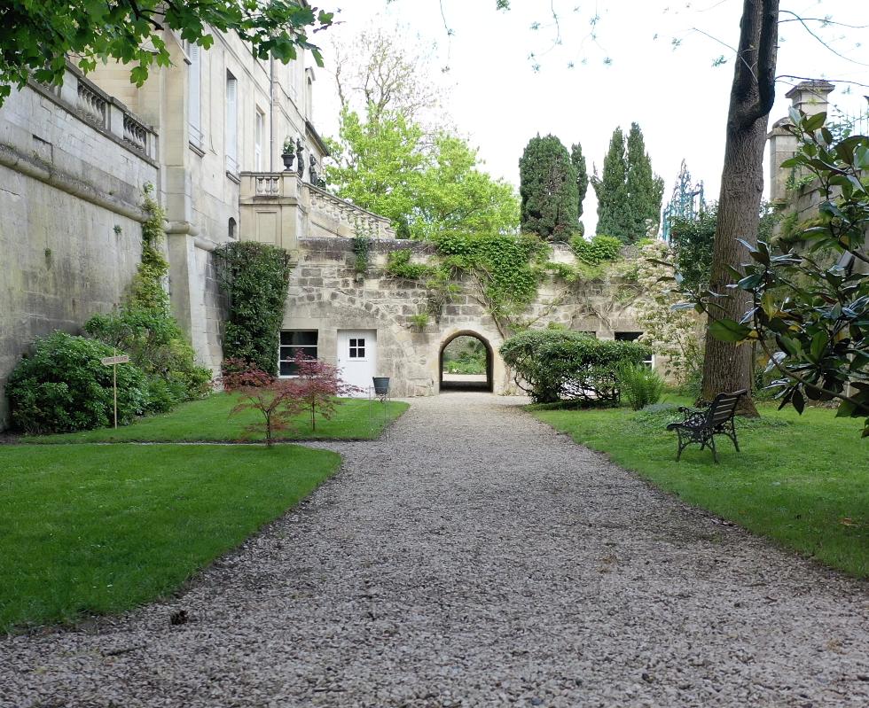 Les Douves du Château de Précy