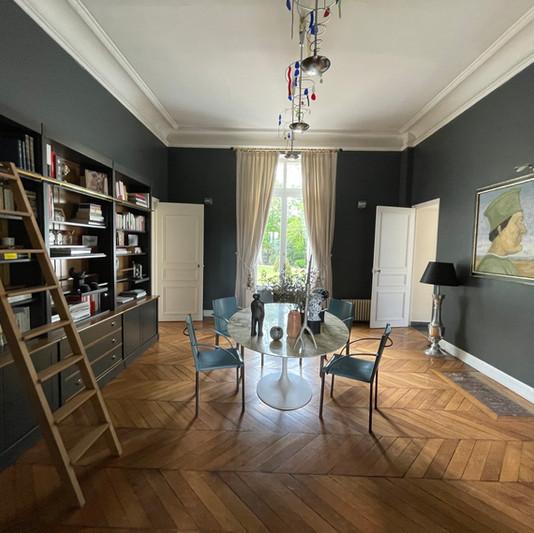Salon Bibliothèque du Château de Précy