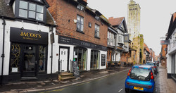 View along King St Knutsford