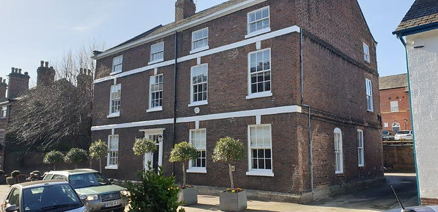 Knutsford Townhouse Business Centre, Kin