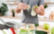 man-cooking-in-the-kitchen-PZAK95W.jpg