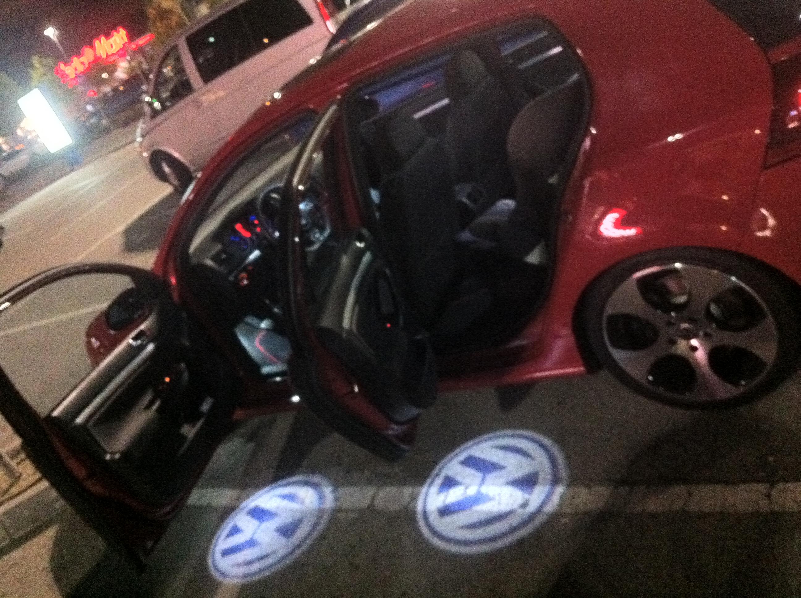 Logo de puerta VW