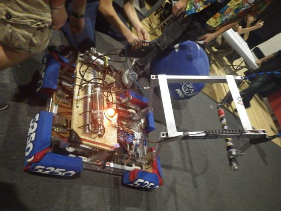 Robotics Compotion 2014 228.JPG