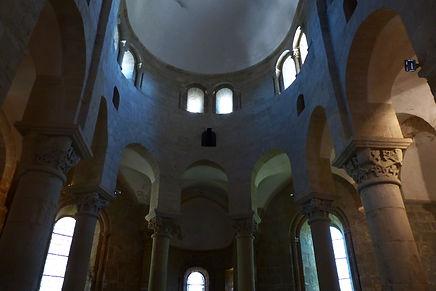 Déambulatoire église de Saint-Robert