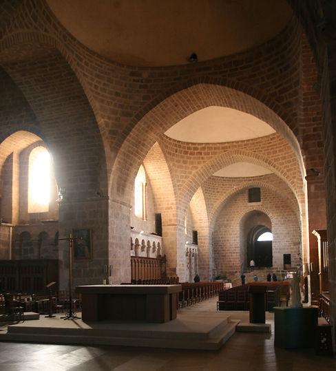 Files de coupoles de l'Abbaye Solignac