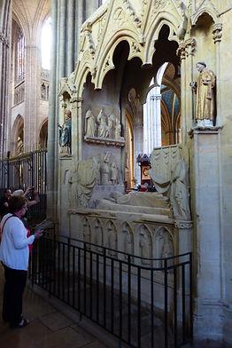 gisant évêque raynaud limoges