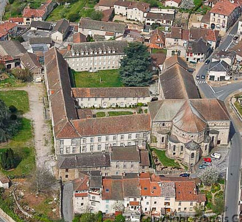 Vue drone de l'Abbaye de Solignac