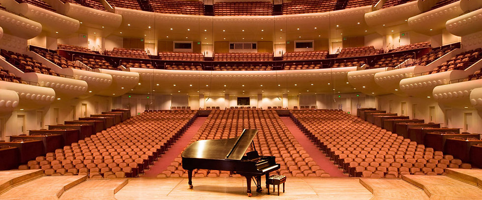 piano_in_concerthall.jpg