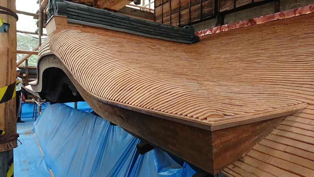 サワラ杮葺き