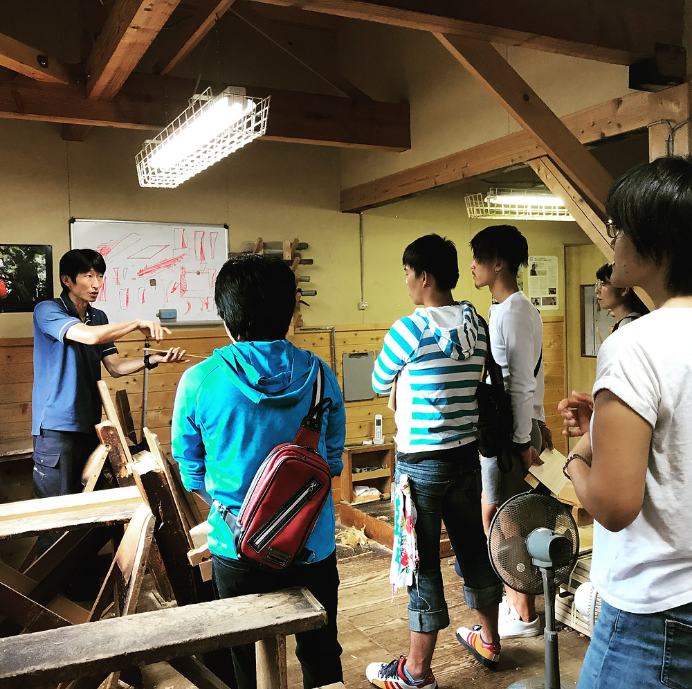 上松技術専門校の学生