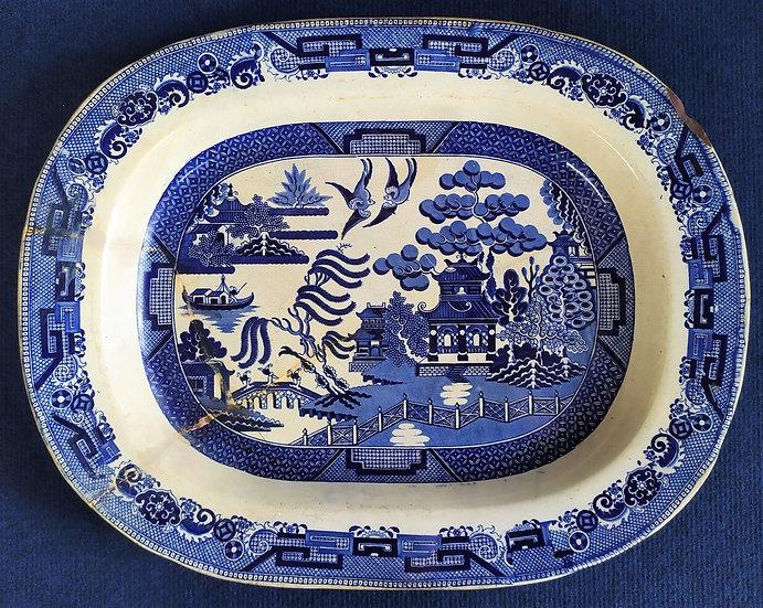 Vassoio in ceramica bianca e blu - cm 47 - Cina XX sec.