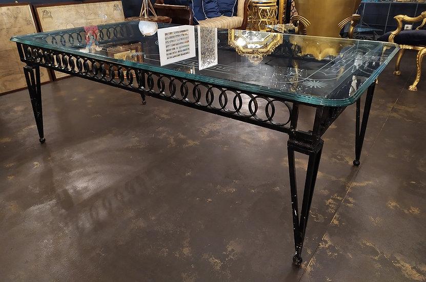 Grande tavolo rettangolare in ferro battuto e cristallo