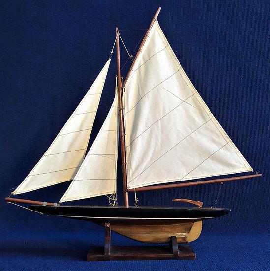 Veliero in legno e stoffa - cm 51 h - Italia XX sec.